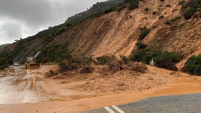 Κακοκαιρία: Πλημμύρες και κατολισθήσεις